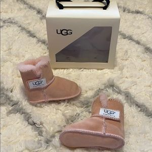 Ugg's size 4/5